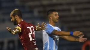 Sebastián Jaime nuevamente fue figura y anotó uno de los goles en el triunfo de Unión ante Cerro de Uruguay.