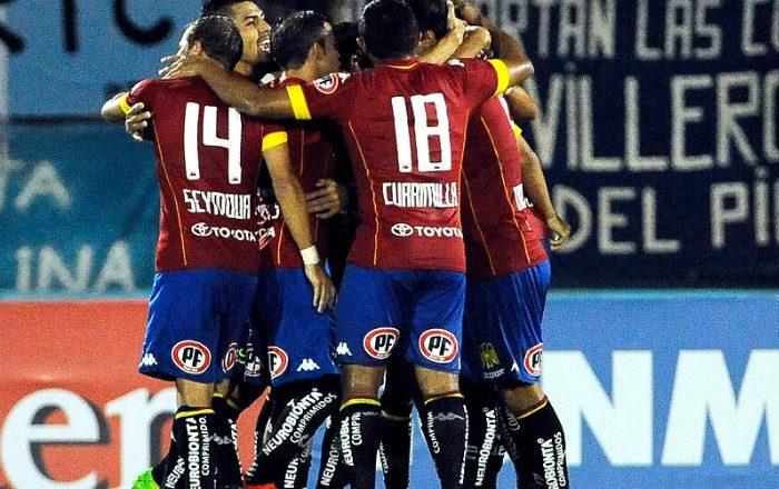 Unión ganó 2 a 0 a Cerro y clasificó sin problemas a la siguiente ronda de la Copa Libertadores.
