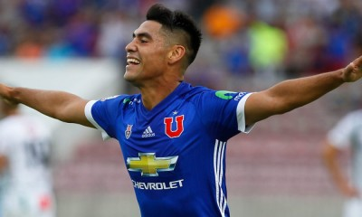 Felipe Mora anotó un hat trick en la victoria de la Universidad de Chile ante Audax Italiano.