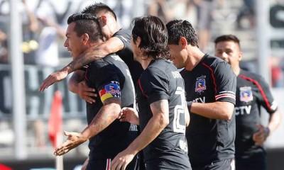 Esteban Paredes celebra su gol ante Universidad Católica.