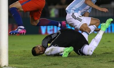 Sergio Romero estaba tan asustado que le pidió a los pasapelota que no devolvieran tan rápido el balón a la cancha.