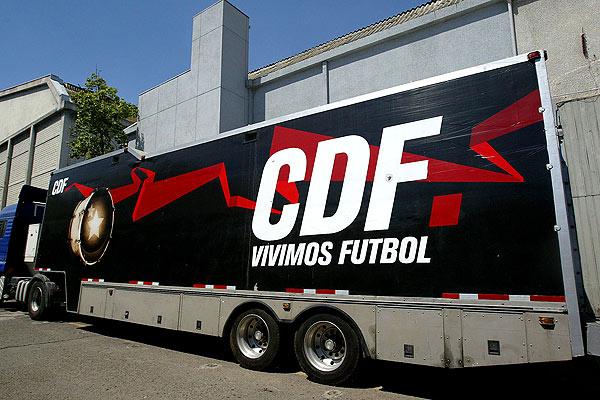 01-cdf-estadio-sernac-denuncia-diario-titular