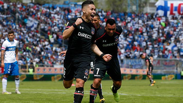 Opazo celebra su polémico gol que le dio el triunfo a Colo Colo.