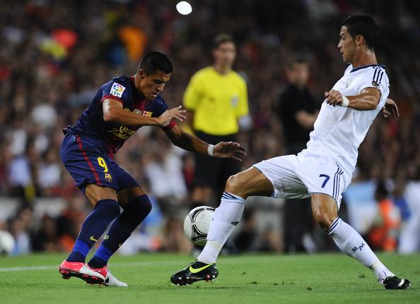 Alexis Sánchez podría llegar al Real Madrid y se convertiría en el primer chileno en jugar en los dos equipos más poderosos de España.
