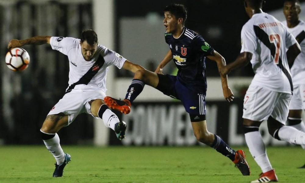 "Angelo Araos anotó el gol del tirunfo ante el Vasco da Gama. Gran triunfo de la ""U"" en la Libertadores."