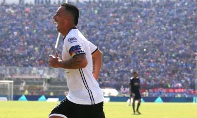 """Esteban Paredes anotó dos goles en la victoria ante la """"U"""""""