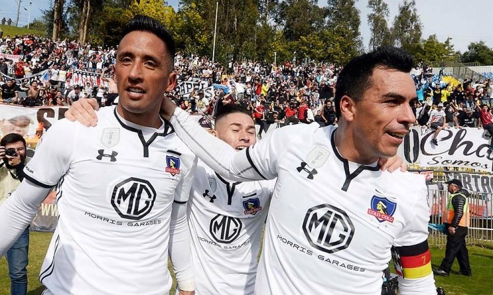 Esteban Paredes y Lucas Barríos debutaron como dupla a lo grande anotando un gol cada uno en la victoria ante La Calera.