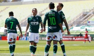 Santiago Wanderers sigue en alza y ahora le ganó como local a Huachipato.