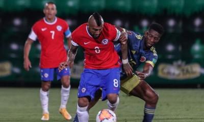 Chile sumó un punto ante Colombia, que se lo empató en los descuentos.