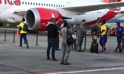 seleccion colombia avion aeropuerto
