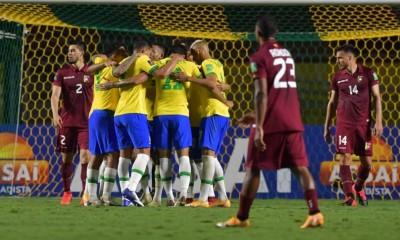 Brasil le ganó a Venezuela con lo justo. Un 1 a 0 que deja a los brasileños punteros en las clasificatorias.