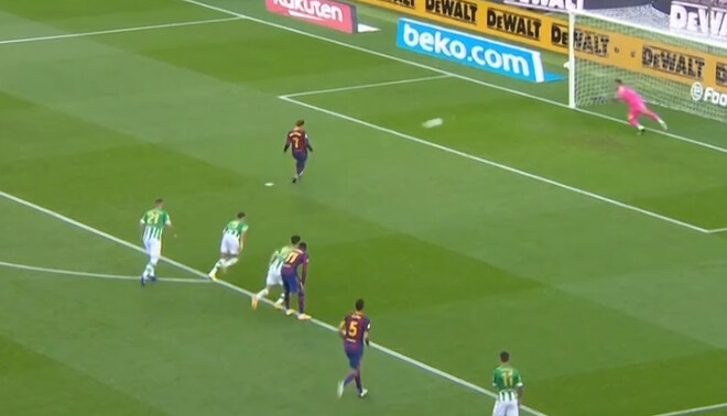 penal bravo griezmann barcelona betis