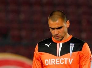 El meta espera estar a completa disposición de Falcioni para el Clausura 2015.