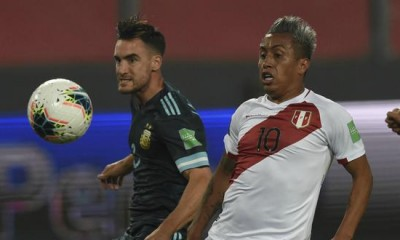 Argentina jugó un gran partido para vencer por 2 a 0 a Perú en Lima.
